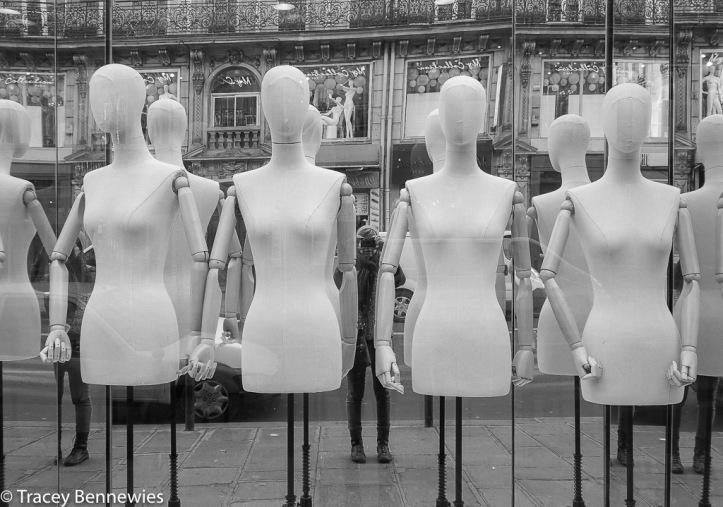 mannequin monday-1200206