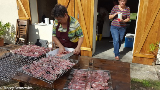 Grilled farm fresh lambchops and lamb burgers.